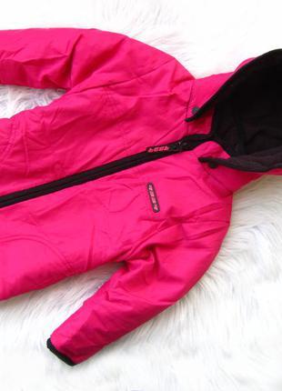 Стильная утепленная  куртка  с капюшоном hema