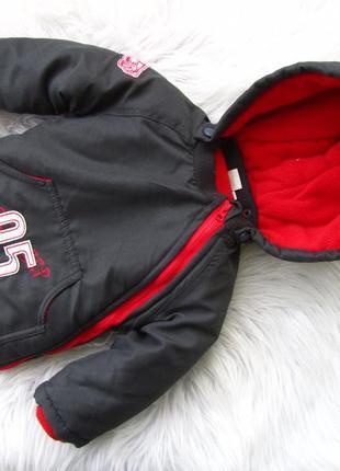 Стильная теплая куртка  с капюшоном disney