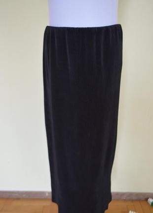Очень шикарная брендовая черная юбка гофре