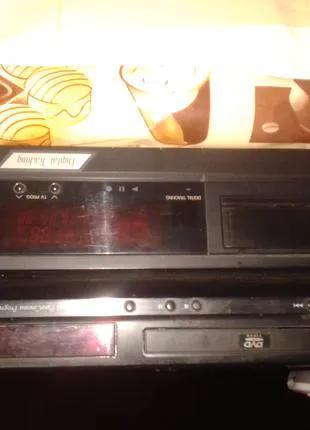 Видеомагнитофон+DVD
