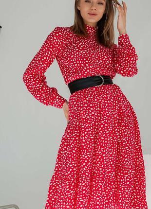 Розкішна модель сукні