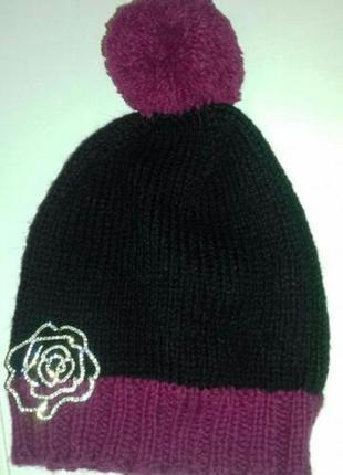 Детская шапка для девочки с бубоном