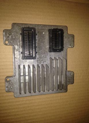 Блок управления ЭБУ A12XER A14XER Opel Corsa D 55583739 12636386