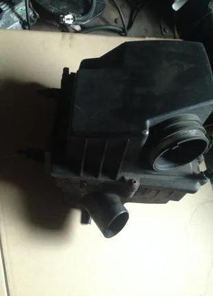 Корпус воздушного фильтра 1.3cdti Opel Corsa D  13241653 834118