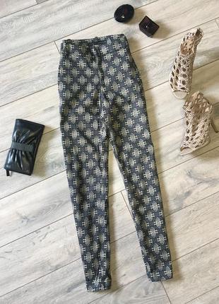 Стильные брюки штаны орнамент zara basic укорочённые