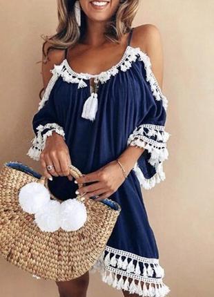 Пляжное платье-туника с кисточками