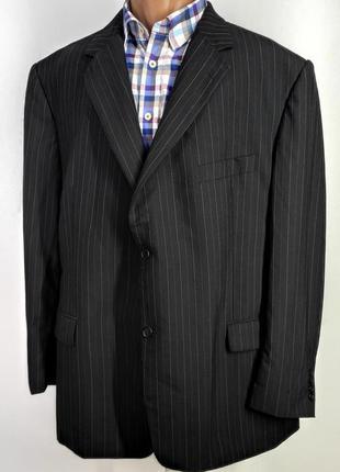 Мужской черный костюм в полоску douglas размер 58