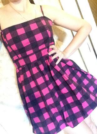 Модное летнее платье в клетку