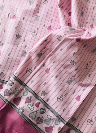 Постельный комплект розового цвета с сердцами