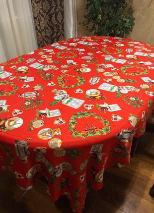 Новогодняя скатерть на раскладной стол красного цвета