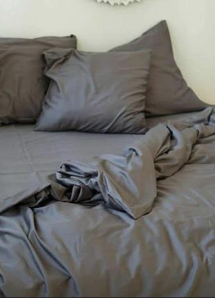 Однотонный постельный комплект серого цвета