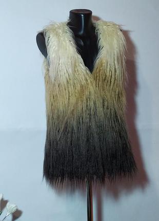 Жилетка меховая amisu