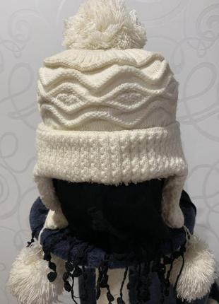 Тёплая зимняя вязаная шапочка с мехом