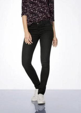Чёрные женские джинсы скинни esmara 40