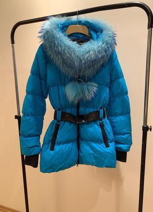 Зимний пуховик / пуховое пальто с капюшоном с натуральным мехо...