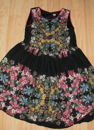 Очень красивое платье tu на 12 лет