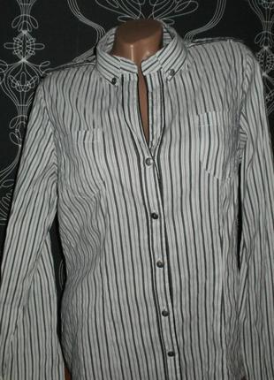 Полосатая рубашка. состояние новой