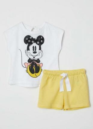 Костюм (шорты+футболка) h&m на девочку 68 см, 4-6 месяцев