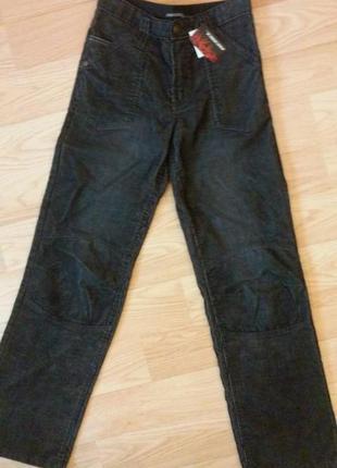 Новые серые вельветовые брюки