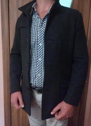 Стильное мужское демисезонное пальто тренч h&m