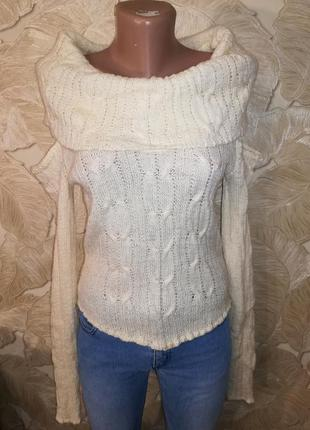 #розвантажуюсь распродажа. молочный свитер с оригинальным воро...