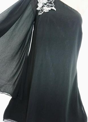 Воздушное платье на одно плечо