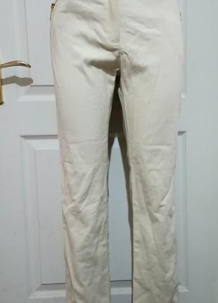 Зауженные брюки манго. с лампасами