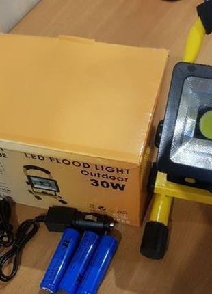 Аккумуляторный LED Прожектор 30W светодиодный IP65 фонарь 12в ...