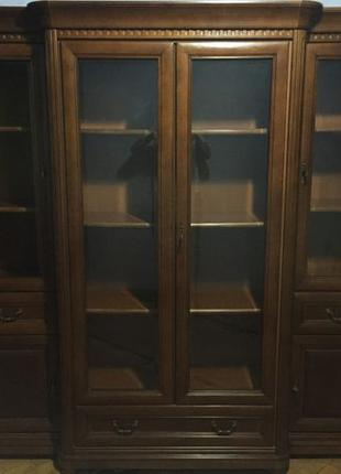 Шкаф витрина библиотека BFM Firenze Фирензе массив ольхи