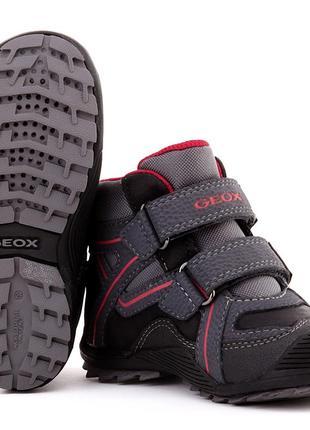 Оригинал - фирменные демисезонные ботинки тм geox 24 размер