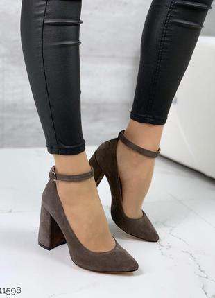 Шикарные замшевые туфли на каблуке,туфли лодочки из натурально...