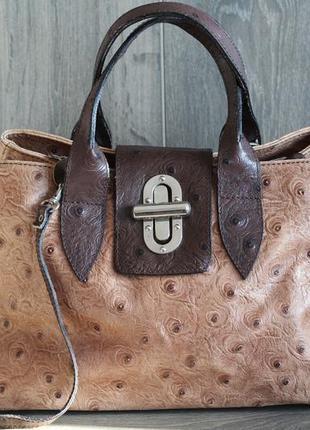 Роскошная сумка из натуральной кожи. италия