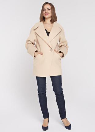 Женское весеннее бежевое короткое пальто - пиджак демисезон из...