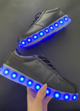 Кроссовки лед со светящейся подошвой черные недорого
