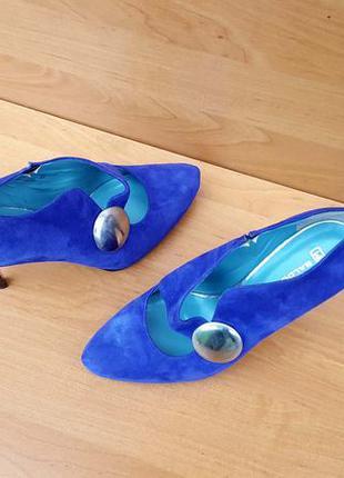 Весенние, демисезонные женские шикарные туфли на каблуке фирмы...