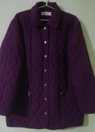 Стеганая демисезонная куртка большого размера