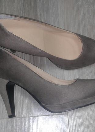 Красиві туфлі Gracelend