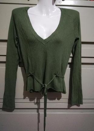 Джемпер пуловер с глубоким вырезом