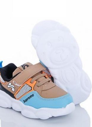 Стильные кроссовки бренда lilin shoes