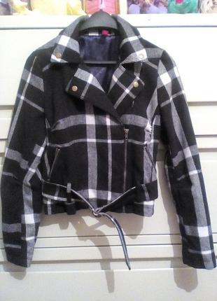 Классная куртка косуха бомбер