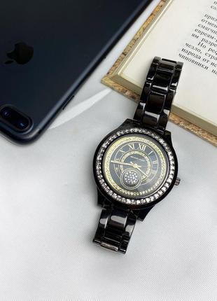 Женские кварцевые часы с камнями на корпусе,черные к.22204