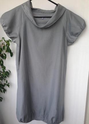 Стильное платье с шелком