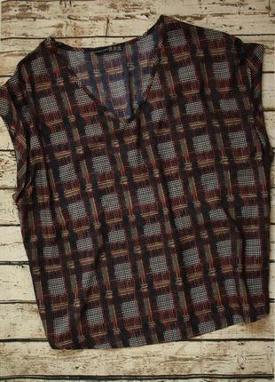 Лёгкая стильная футболка блуза на королевские формы