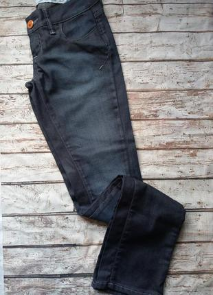 Прямые джинсы с низкой посадкой, как новые