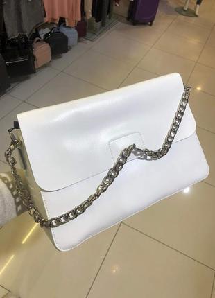 Женская сумка белая в натуральной коже