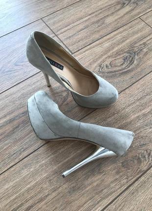 Туфли на высоком каблуке, текстиль