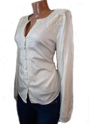 Блуза рубашка коттон светло-бежевая с нашивками гипюра / xl