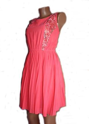 Платье коралл плиссе со вставками сетки и пайеток / the style, m