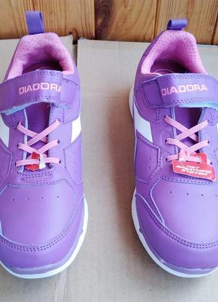 Новые стильные кроссовки diadora оригинал
