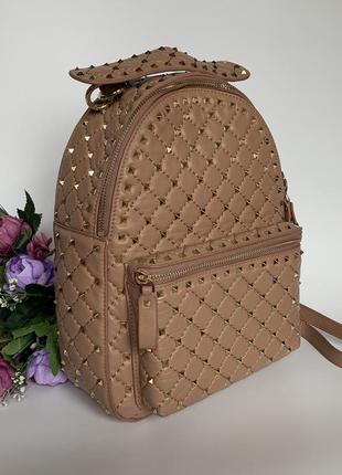 Кожаный рюкзак. рюкзак с шипами. рюкзак кожа. италия.
